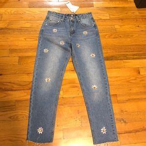 *Brand New* Boohoo Embellished mom jeans